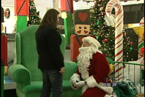 Akron Santa Proposes Marriage